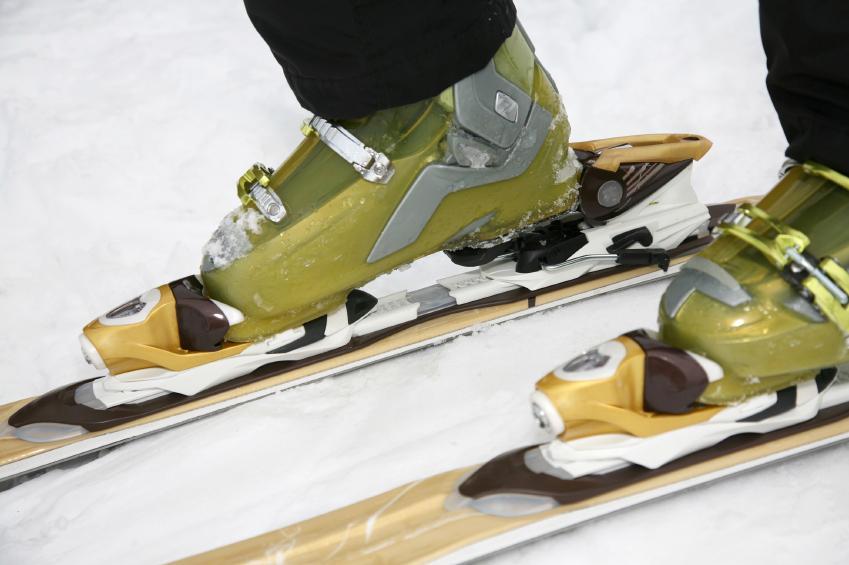 ski boots and bindings