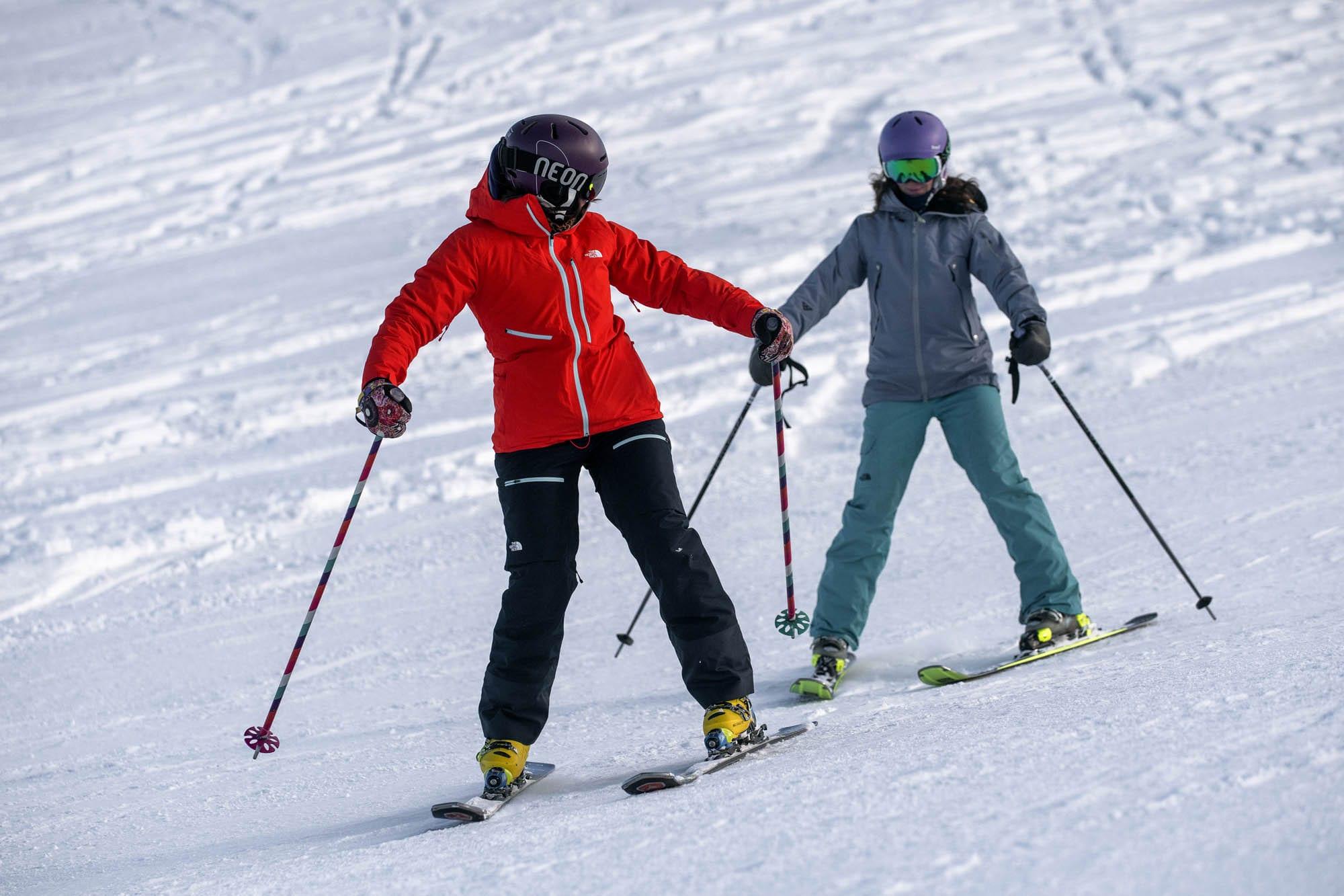 beginner skier snowplough learn to ski better skier