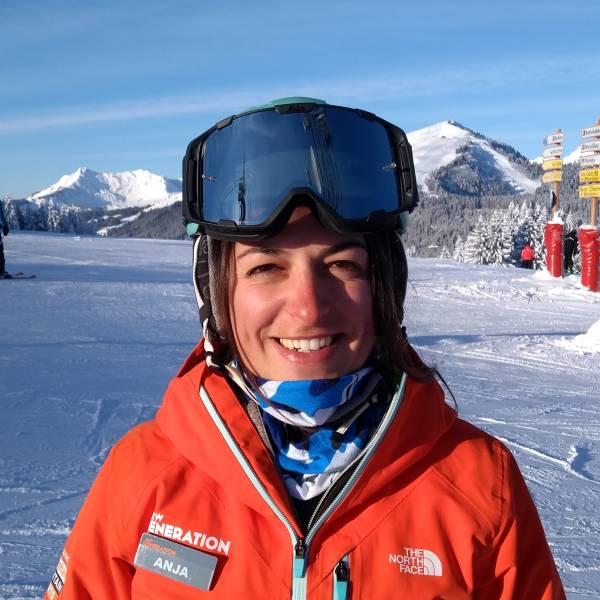 Anja Ferkov - Morzine Ski Instructor