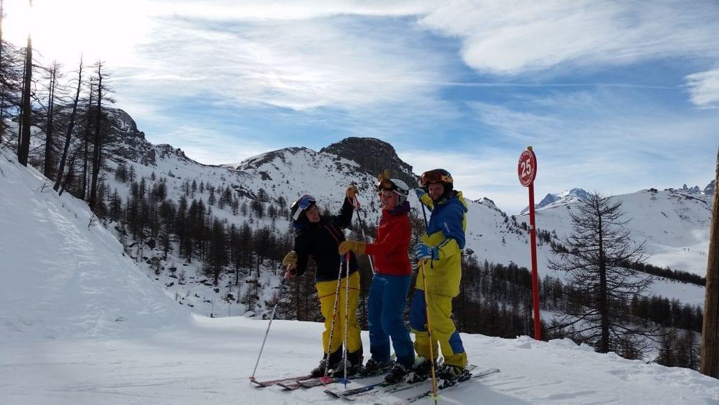 serre-che-skiers