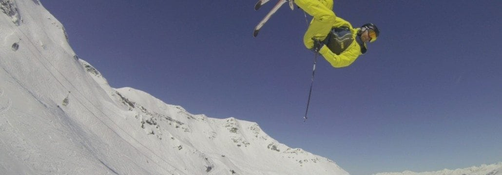 Lorenzo slopestyle skiing - jump in Meribel