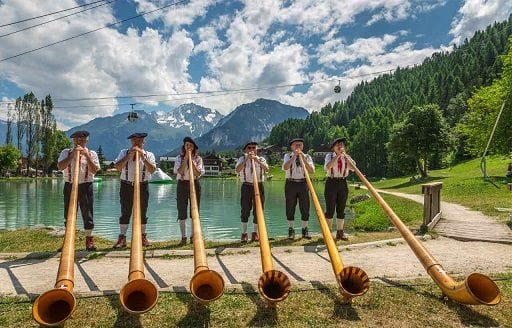 summer fêtes in the french alps